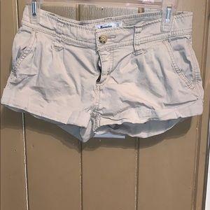 Abercrombie khaki shorts